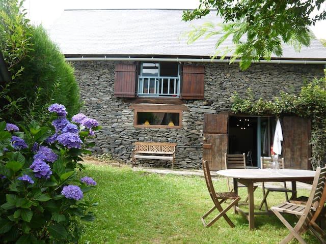 Grange typique aménagée - Saint-Jean-du-Castillonnais