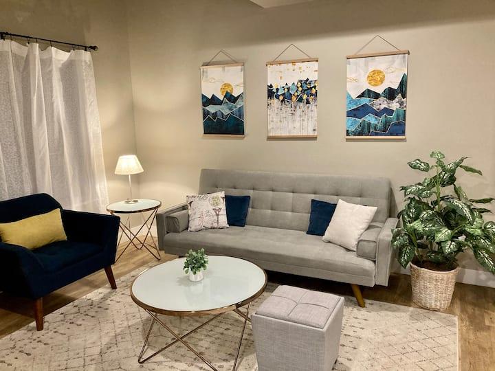 NEW! Bright and cozy condo in downtown Durango