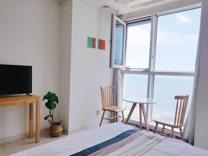 매일소독,초고층환상적인해운대오션뷰,해운대해변3분,호텔식침구,무료주차 -m2