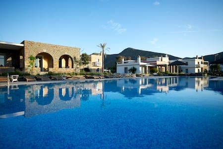 Luxury Sea View Residence - Korissía