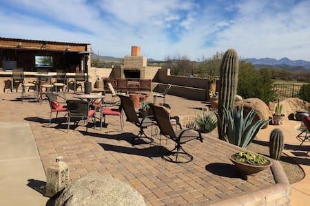 The Last Resort - Scottsdale