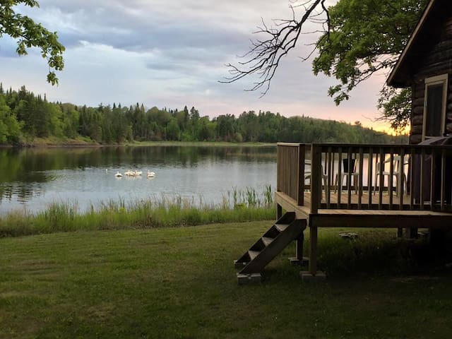 Lake of the Woods- cabin 2 - sleeps 2