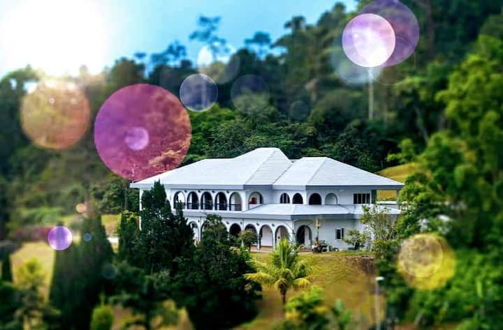 ANTIQUE VILLA, GENTING HIGHLAND (LG Floor)--20 pax