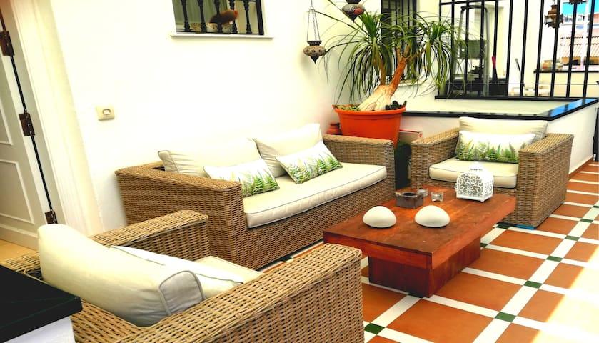 Beautiful apartment on the beach of Carihuela