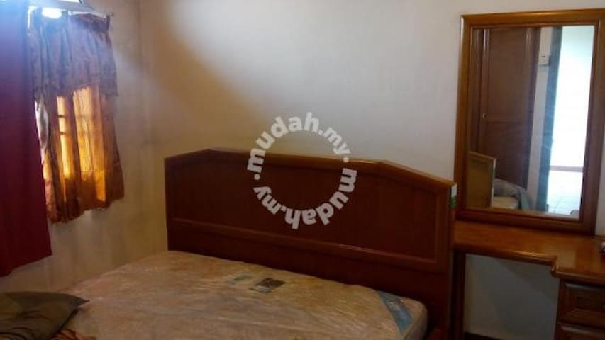 Temerloh Furnished Master or Single Room RM66/nite