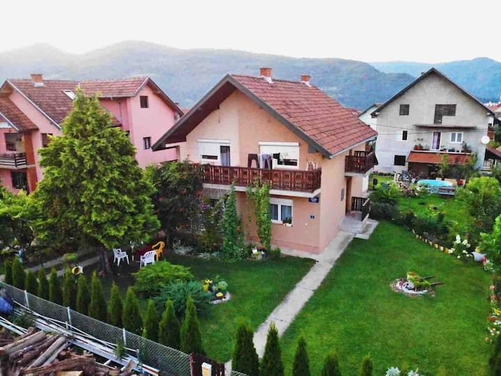 Zorica Travel House 3 / Private tours on demand