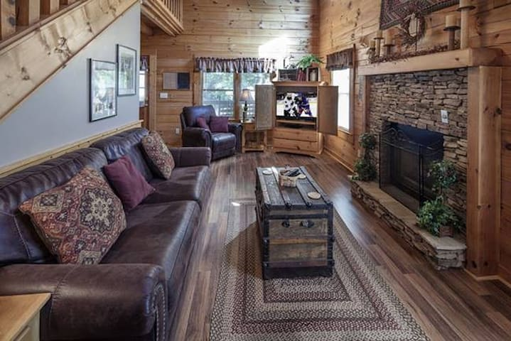 Scenic Hideaway Great Smoky Mountains - Pigeon Forge - Stuga