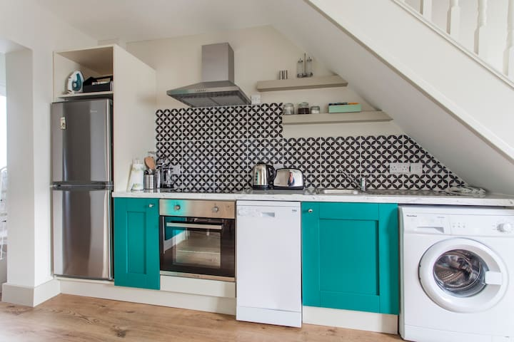 Newly renovated city centre cottage - Dublin 8 - House