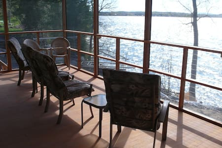 Incredible Sunsets/ Cottage on Lake Champlain