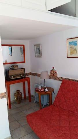 Beau studio cosy à Skanes Monastir - Monastir - Huis
