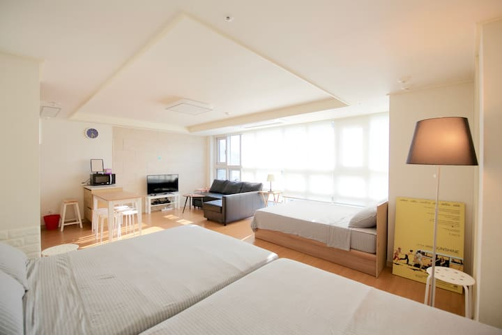 ★Big family suite Room #c ★ Free portable WiFi