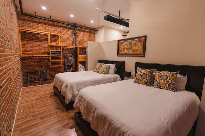 Very comfy 16-inch queen beds