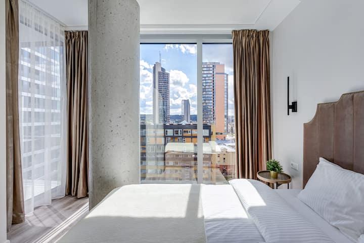 Luxurious Modern Skyline Apartment by Houseys