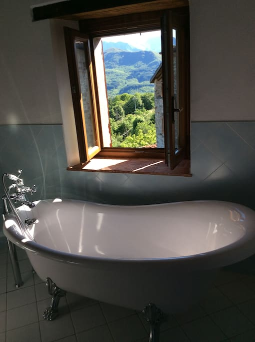 Brand new bathroom with wonderful view!