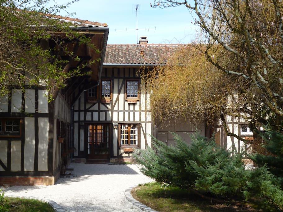 Gîte de charme à colombages situé à Sainte Livière non loin du Lac du Der Chantecoq