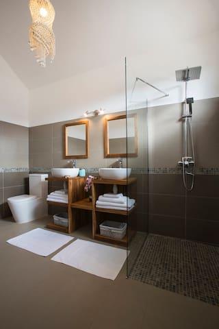 Salle de bain Master 2