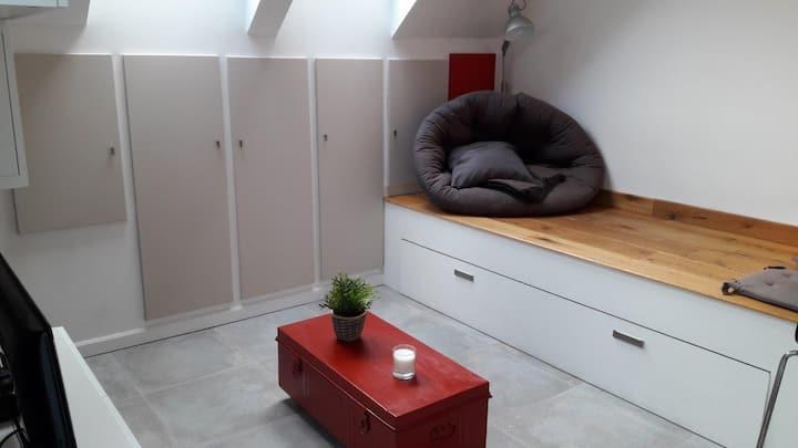 Modern studio near Louvain la neuve, Wavre, GSK,..