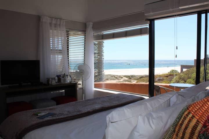 Absolute Beach B&B - Top King Room 2