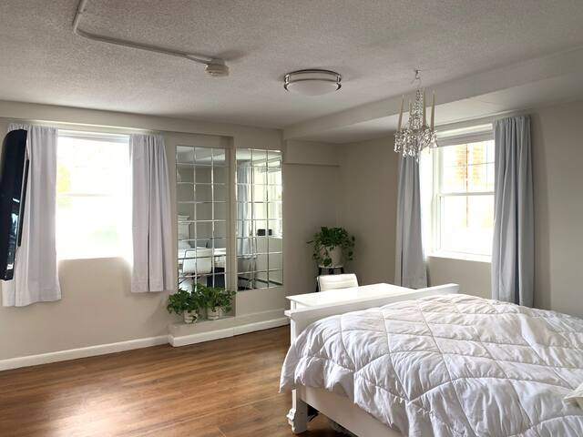 Entire Apt – Beautiful Studio (near Boston)