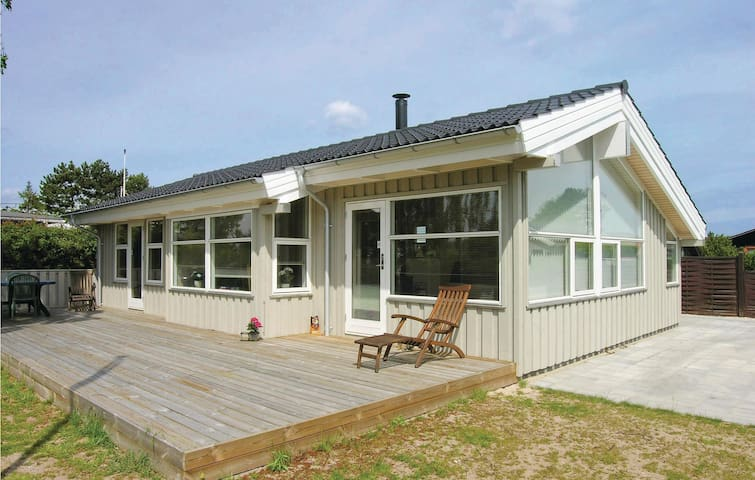 Holiday cottage with 3 bedrooms on 70 m² in Nyborg