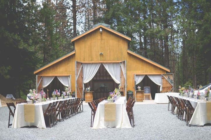Fairy Tale Weddings and Events - Alta - Hus