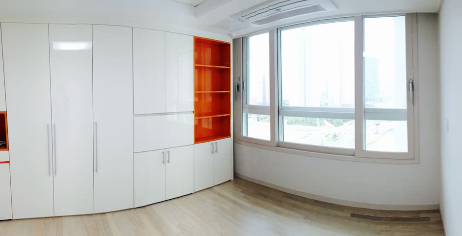 Brand-new apartment with free wi-fi - Yeonsu-gu - Leilighet