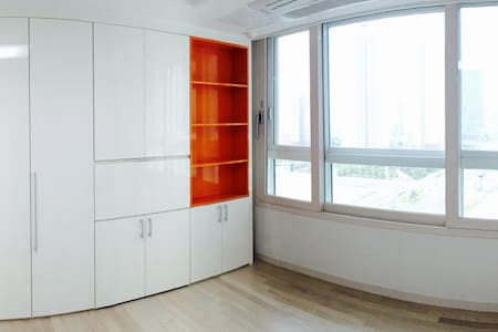 Brand-new apartment with free wi-fi - Yeonsu-gu - Apartamento