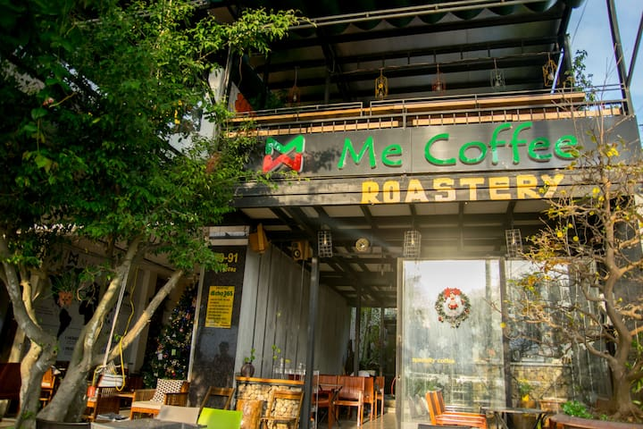The Coffee Roastery