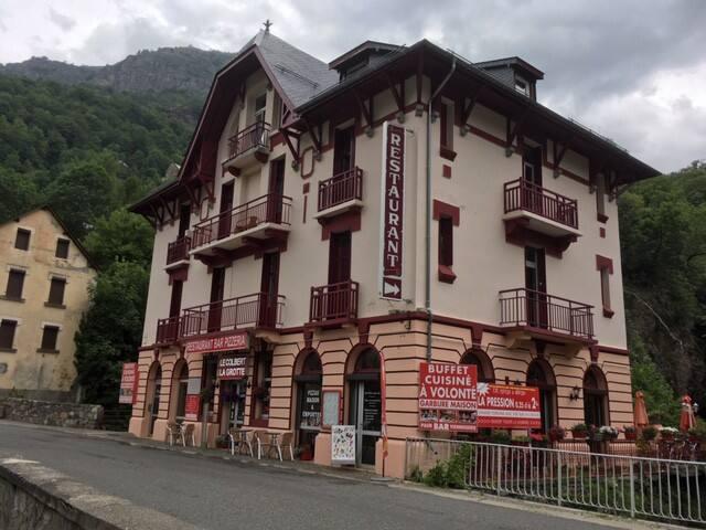 Studio ancien typique Pyrennee