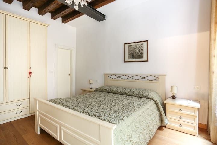 RENT-IT-VENICE Holiday Home la Gondola - Venezia - House
