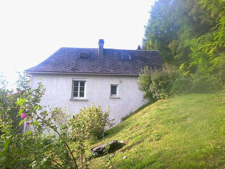 Maison À flanc de colline