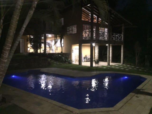 Casa em Caraguá na Praia de Massaguaçu