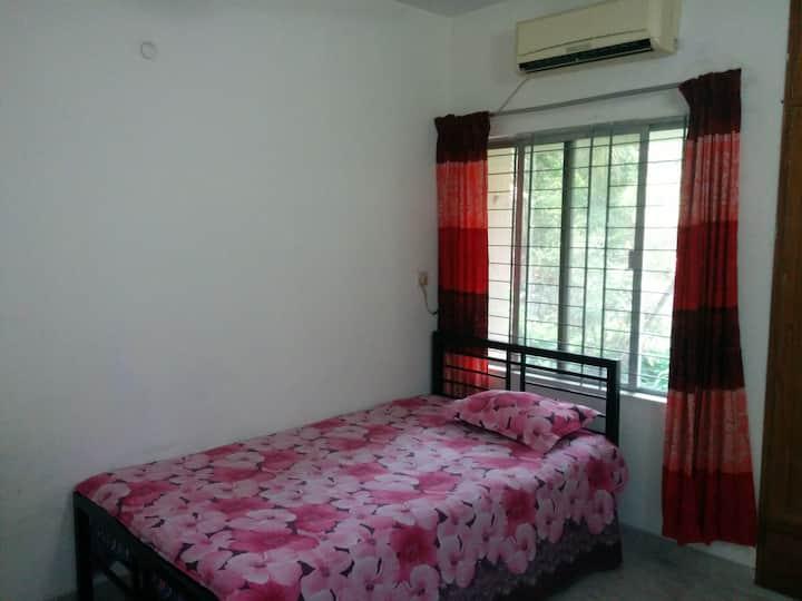 Private room near Westin Gulshan