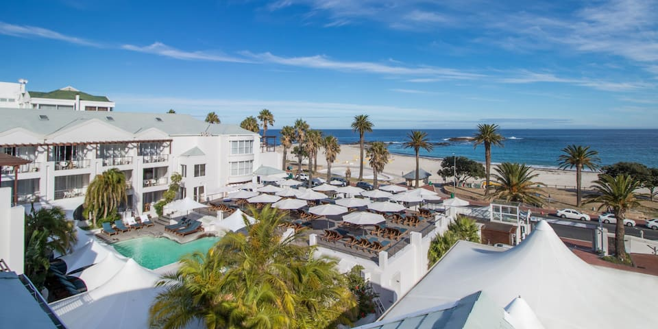 Camps Bay's Luxury Beachfront Escape