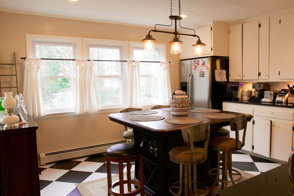 Kitchen with island seating for 6