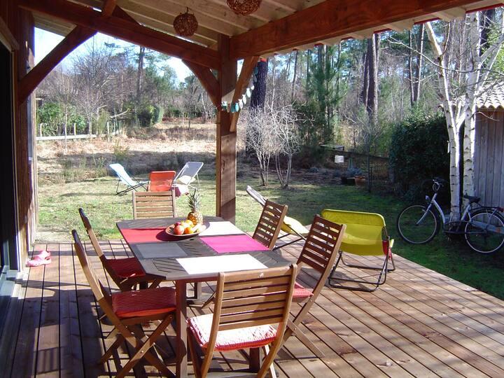 """Maison-bois dans un """"paradis"""" privé et naturel."""