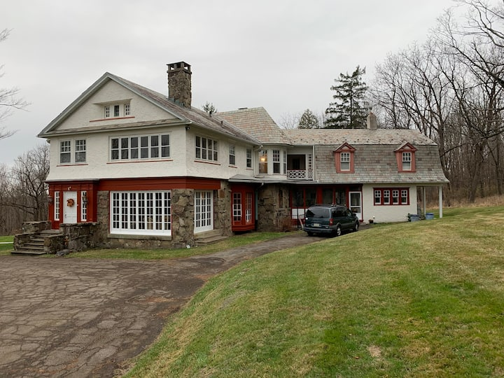 Mansion and Estate in the Heart of the Poconos