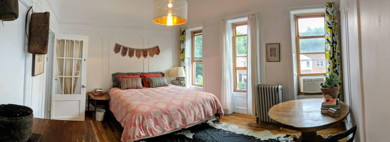 Sunny & Cheery Bronx Home in Mott Haven