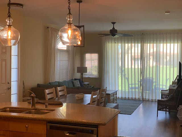 Ko Olina Resort  3 bedroom  direct walk to ocean