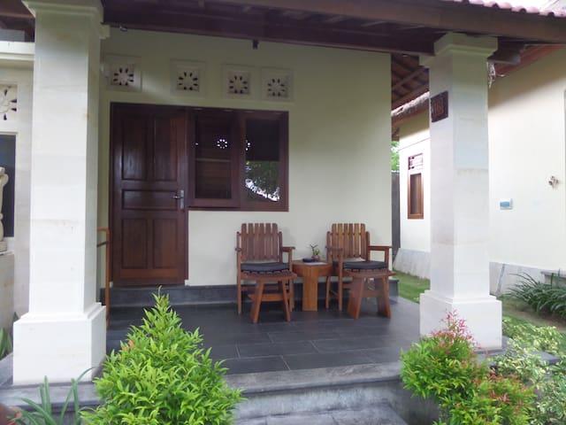 Nice accommodation in Kuta, Lombok - Pujut - Bungalow