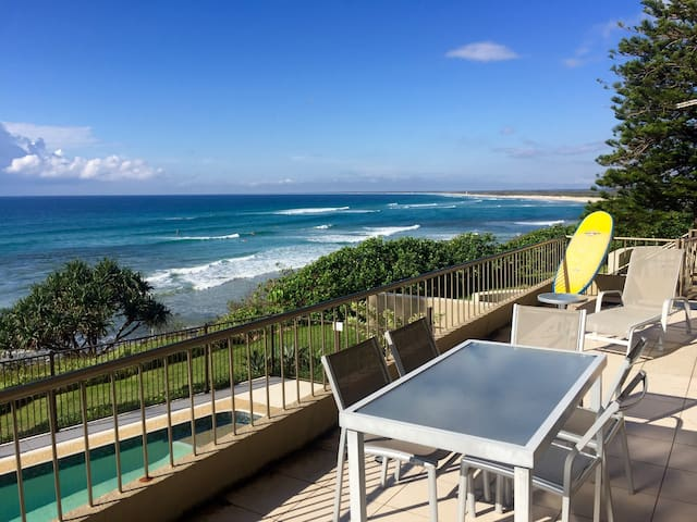 Kings Beach absolute beach front (Edgecliffe 1) - Kings Beach - Apartment