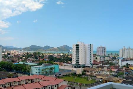 Apartamento em Caraguá com vista para Mar e Serra