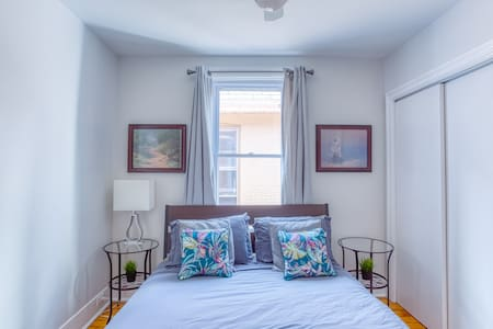 Bright & Cozy Two Bed Flat ★CENTRETOWN★