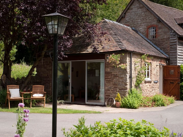 Cider Press Cottage, Cradley, Nr Malvern WR13 5JR
