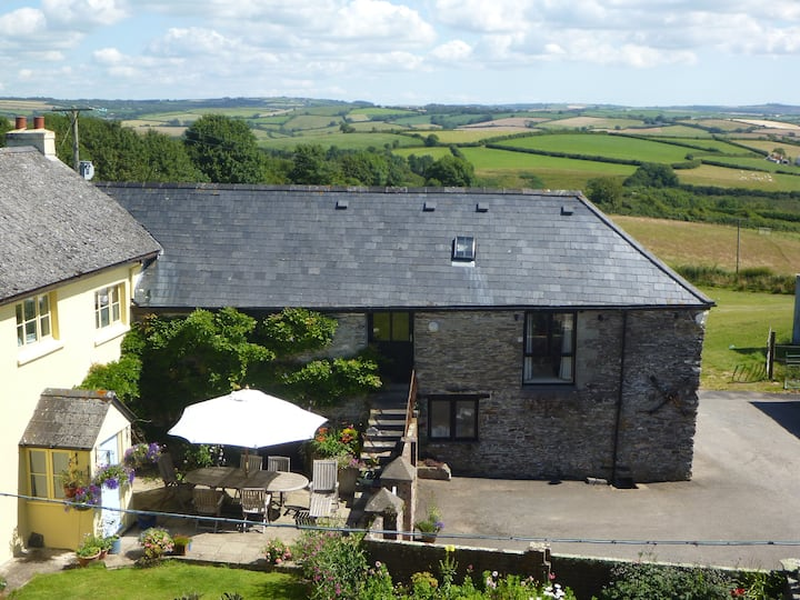 Close to beaches, stunning barn South Hams, Devon!