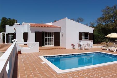 Casa Azinha - Santa Bárbara de Nexe - Villa