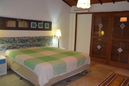 Suite com varanda (Casa Mameluco) - イタカレ