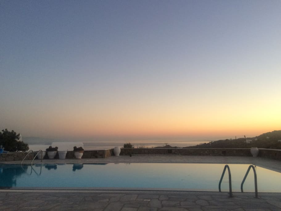 Sunset view from the pool (1)