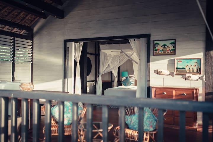 Eye Catching Three Bedroom Wantilan Villa in Bali!