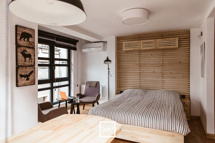 Just Above a Coffee Shop, Cosy, Convenient, Safe - Beşiktaş - Apartamento
